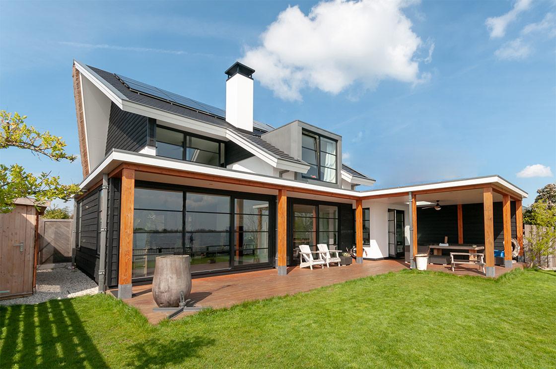 Eindresultaat vernieuwing / restyling / uitbreiding woonhuis